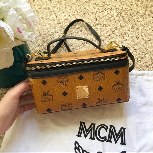 66e529aa4a5 MCM Box cross body bag. M_5b3c09c9819e90e39ee3355f